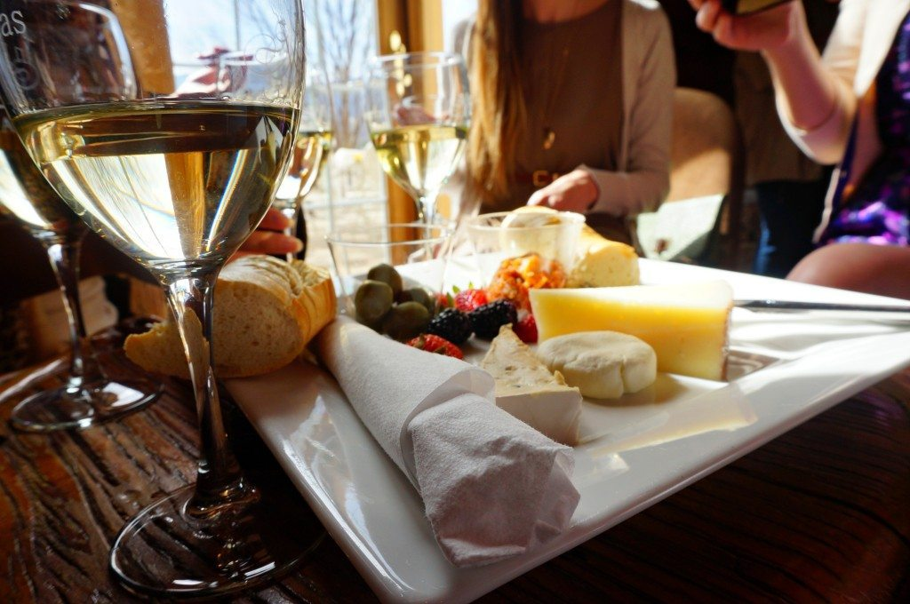 veritas vineyards cheese tray