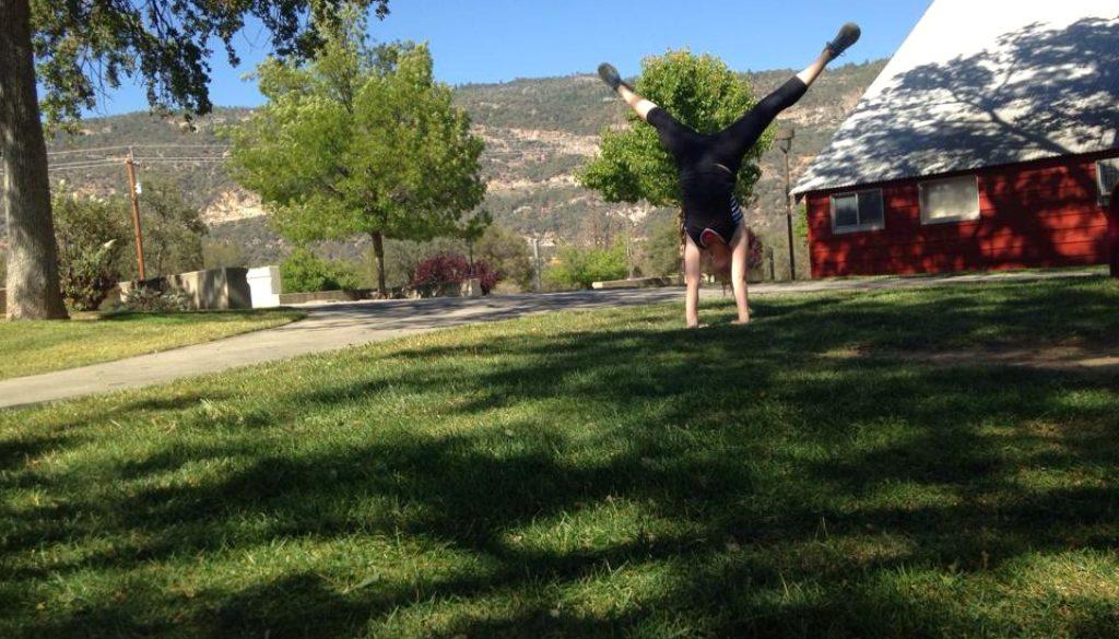 handstands_in_fresno