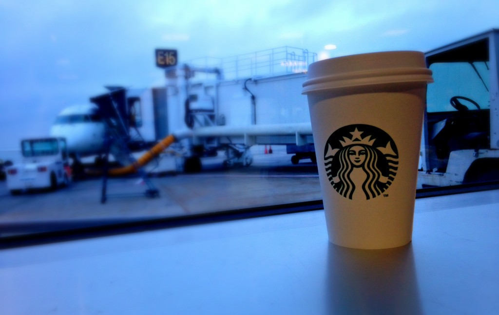 starbucks_at_airport
