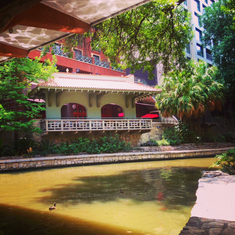 San_Antonio_riverwalk