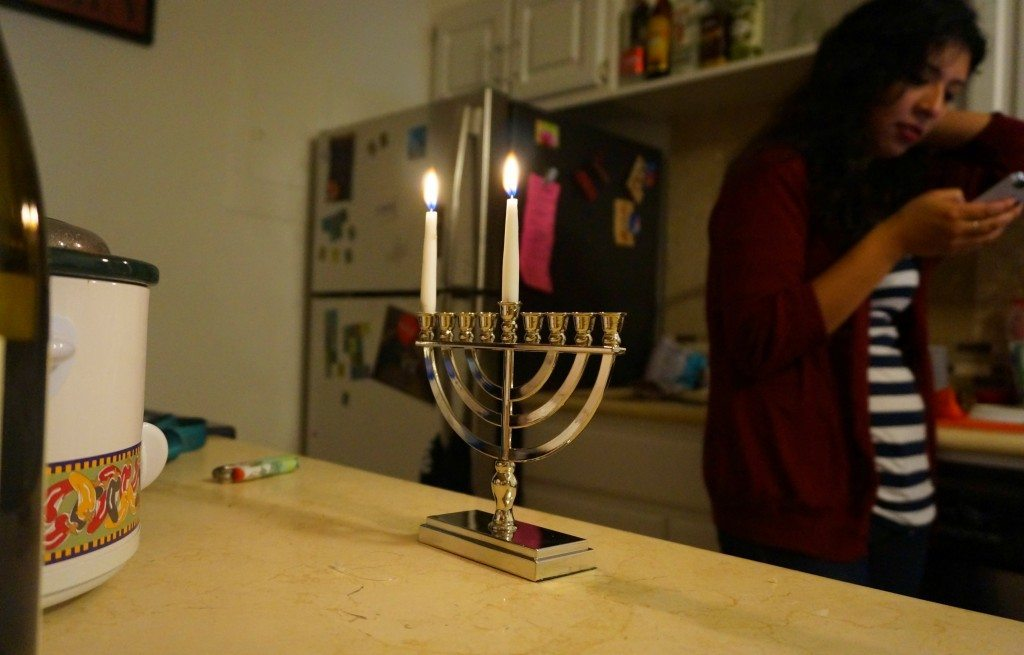 light_the_menorah
